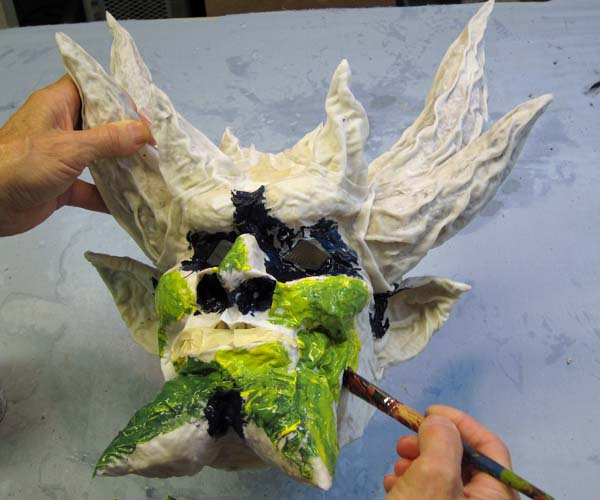 paper mache mask-start paint